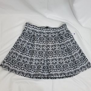 Aero Black and White Skater Skirt S